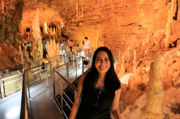 This is a cave that I visited 30 years ago on a school field trip! It was amazing! — at Gyokusendou Caves.