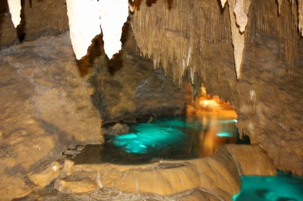 At Gyokusendou Caves.