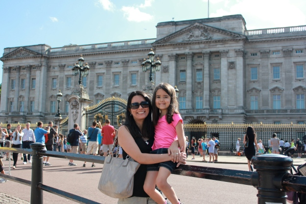 Mia and I in front of Buckingham Palace!