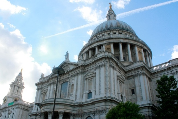 The beautiful St. Paul's Cathedral.