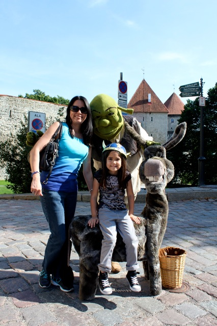 Mia and I with Shrek and Donkey!