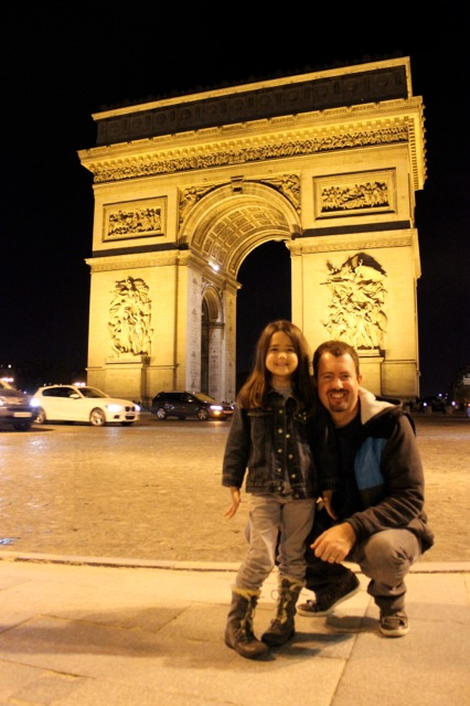 Mia and her daddy at the beautiful Arc de Triomphe.