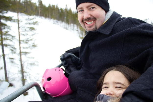 Mia and her daddy on the ski lift... so happy right before all the excitement happened trying to get off! :)