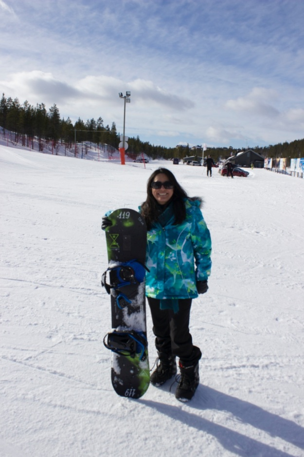 I had a lot of fun trying out snowboarding for the first time!