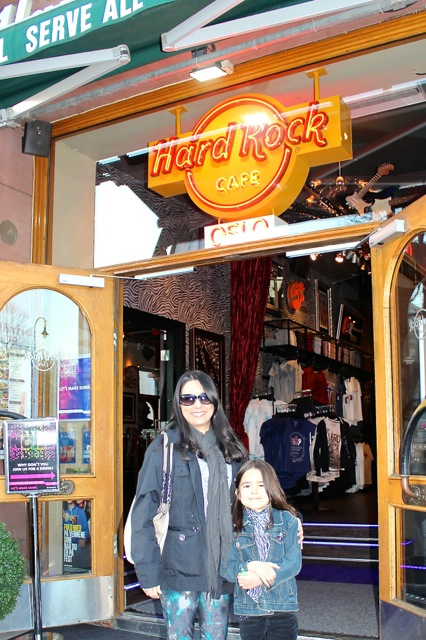 Time for a break and desert at the Hard Rock in Oslo!