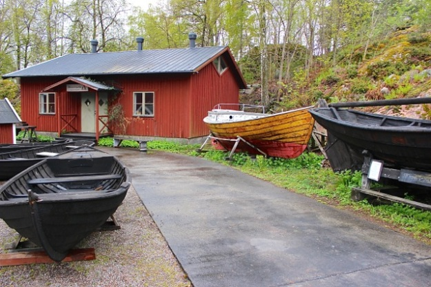 These stunning wooden boats were displayed nicely on Fjäderholmarna island.
