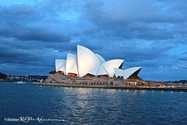 It was raining and cloudy pretty much all week, but the Sydney Opera House still shined and is one the most stunning architectural masterpieces we have ever seen!